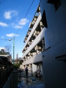 東京都世田谷区自転車圏内の一棟物マンション