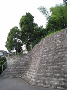 神奈川県の一棟物マンション現場(自販機設置予定地)
