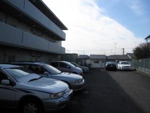 神奈川県横浜市の一棟売りマンション(土地が広く積算価格高い)