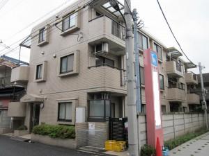 京王線急行駅徒歩5分の一棟売りRCマンション