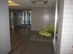 東京都港区高輪の売りマンション玄関