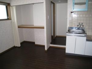 横浜市の店舗併用住居です